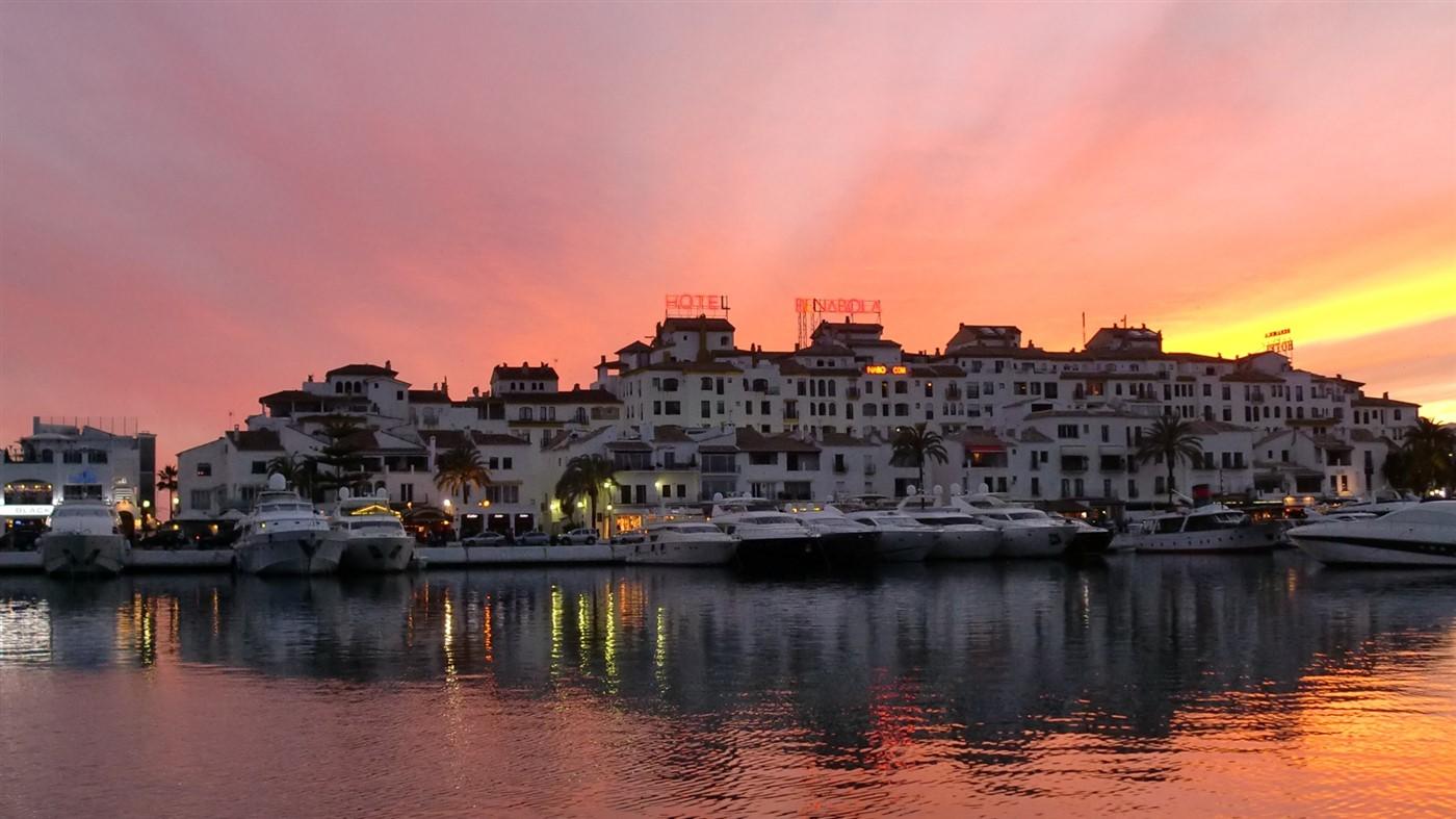 Canovas Holiday Rentals Marbella
